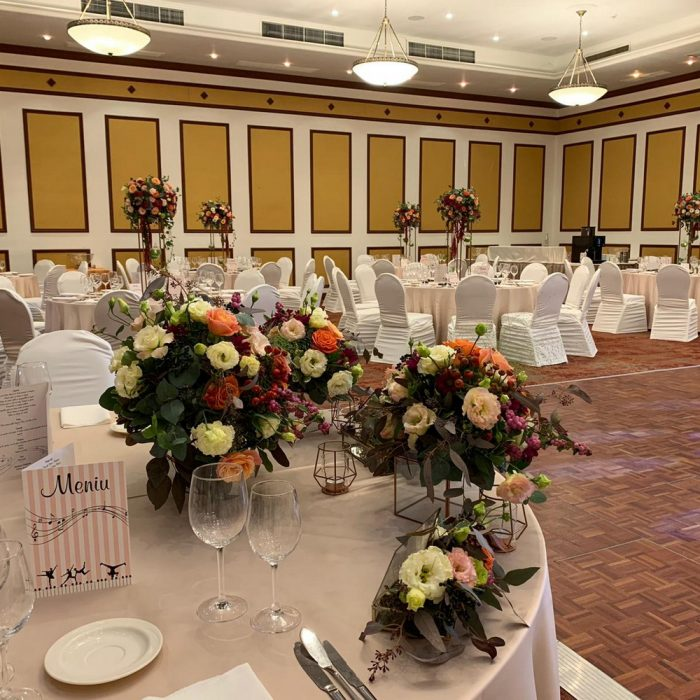 Caro_ballroom_autumn_pastel_wedding_20
