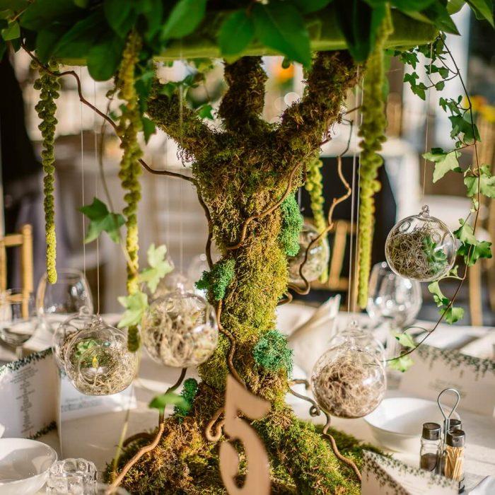 La-seratta-secret-garden-themed-wedding