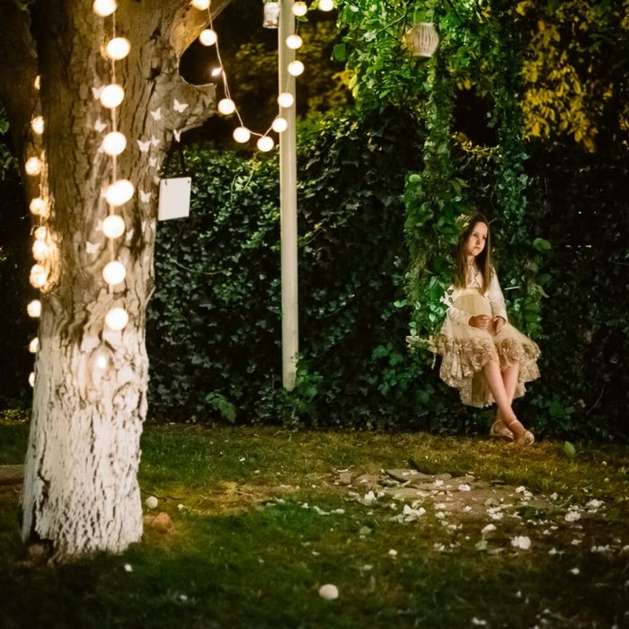 La-seratta-secret-garden-themed-wedding_17