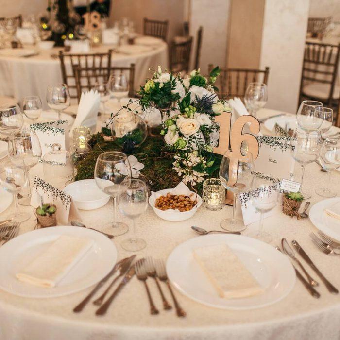 La-seratta-secret-garden-themed-wedding_3