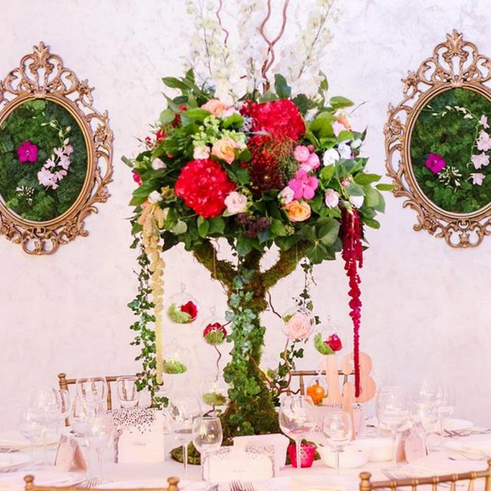 La_seratta_burgundy_enchanted_forest_wedding_23