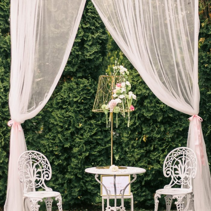 La_seratta_delicate_spring_wedding