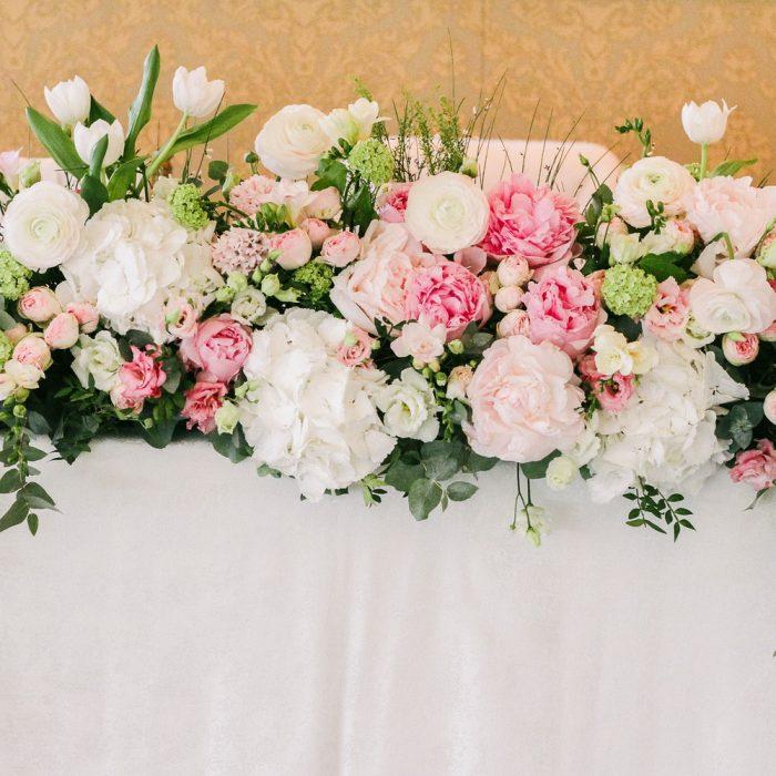 La_seratta_delicate_spring_wedding_1