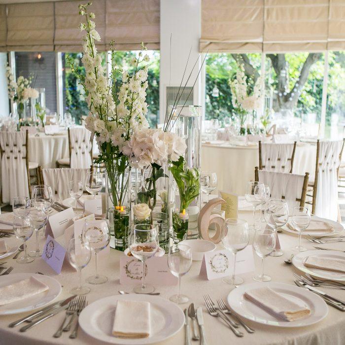 La_seratta_white_and_golden_wedding_1