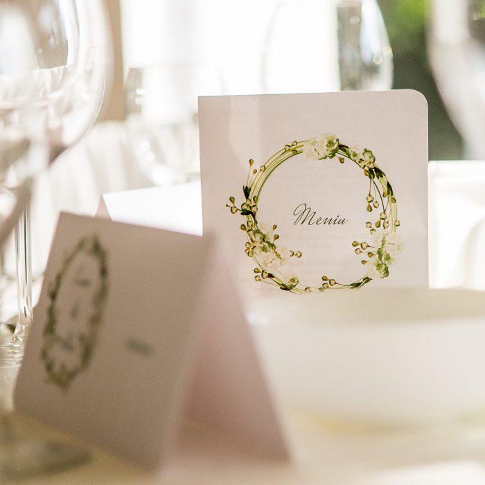 La_seratta_white_and_golden_wedding_10