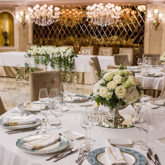 Le_chateau_all_white_and_elegant_wedding_10