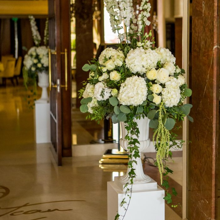 Le_chateau_all_white_and_elegant_wedding_15